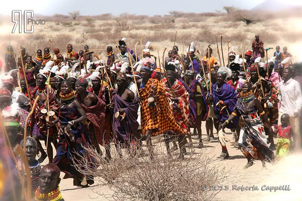 © 2013 Roberta Cappelli Deserto del Turkana, Kenya. Quelli che mi hanno insegnato a vivere i miei sogni!