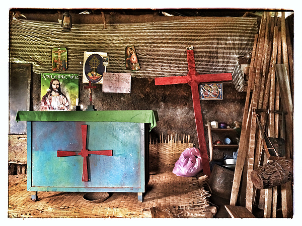 © 2015 Roberta Cappelli Arramo, Ethiopia. Red crosses.